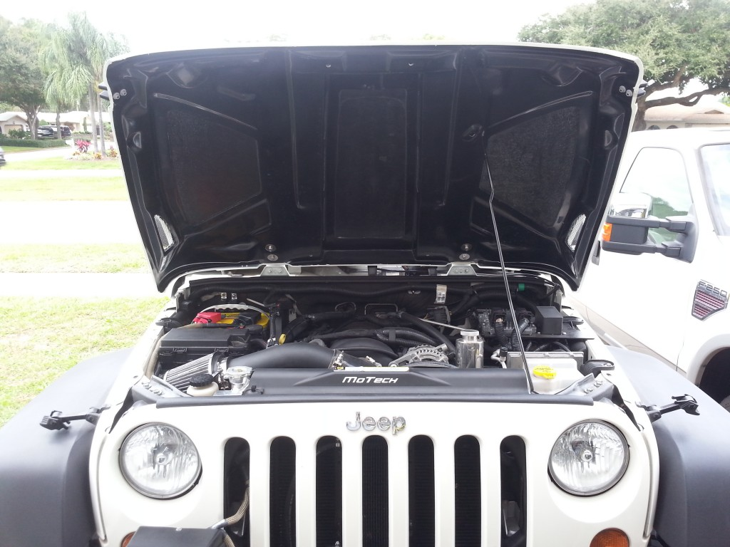 Wrangler Performance Hood