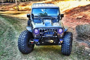totl_jk_hood_42_tires