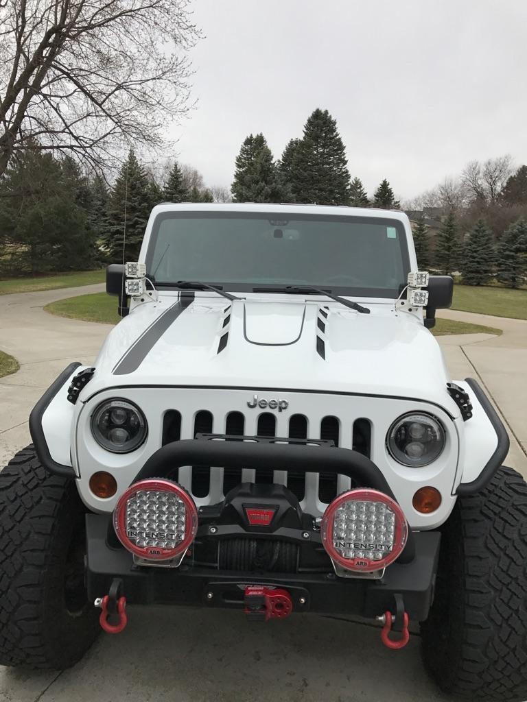 Jeep Wrangler JK Vented Hood
