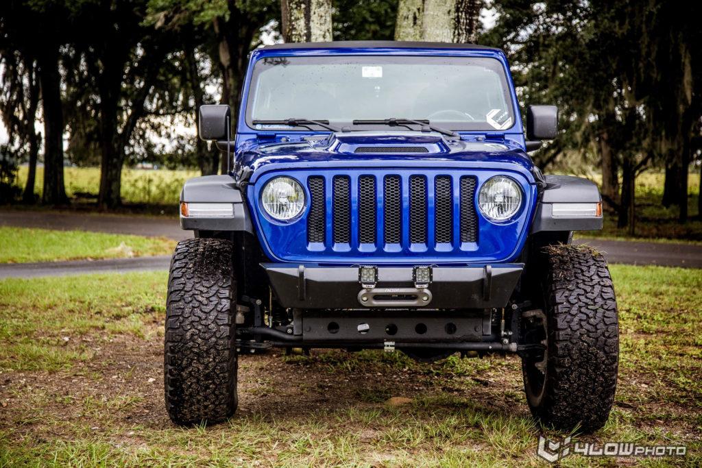 Jeep Wrangler JLUR Rubicon Hood