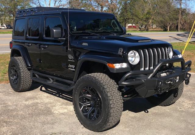 Functional Jeep JL Hood