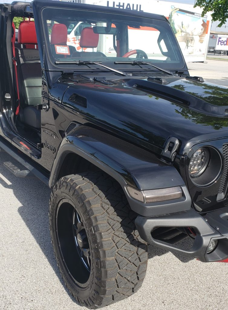 Jeep JLU Heat Reduction Hood